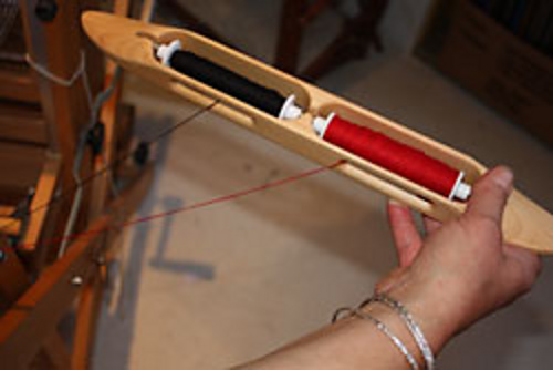 Throwing Double Bobbin Shuttle 3